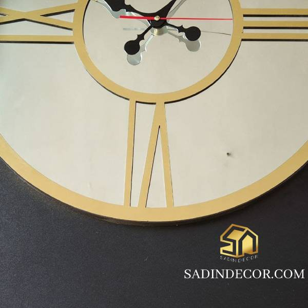 ساعت دیواری آینه ای طرح رومی