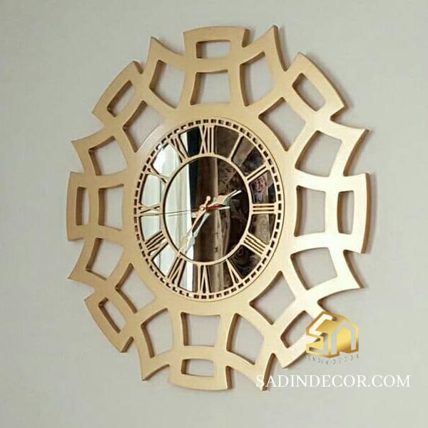 ساعت دیواری چوبی شیک تارا